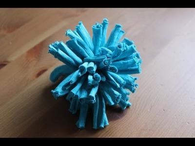 Cómo hacer un pompón de trapillo | facilisimo.com