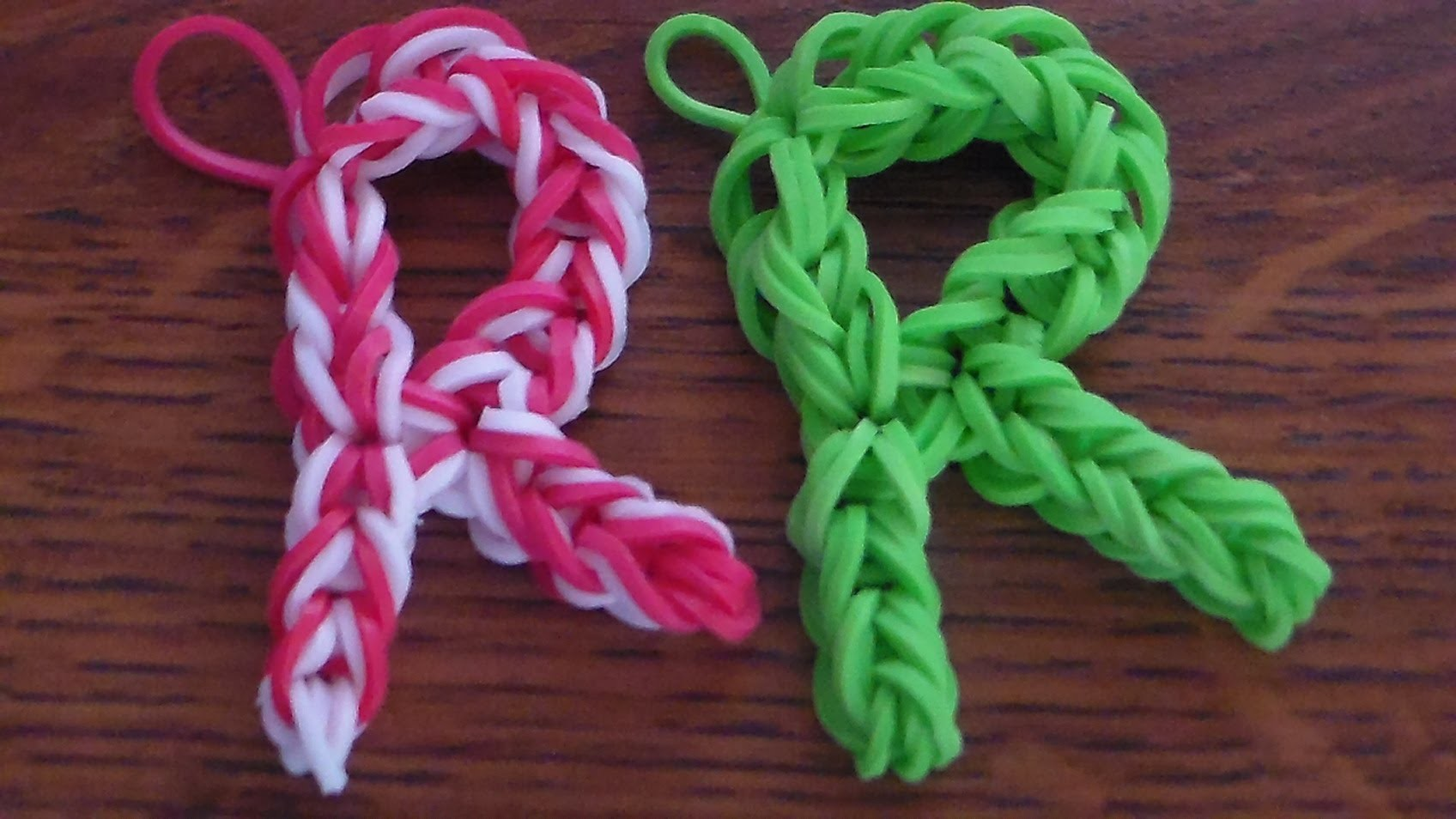 Como Hacer La  Letra (R) con Gomitas. How to make the letter (R) without the Rainbow Loom