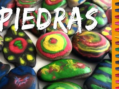 Piedras decoradas con CRAYOLAS