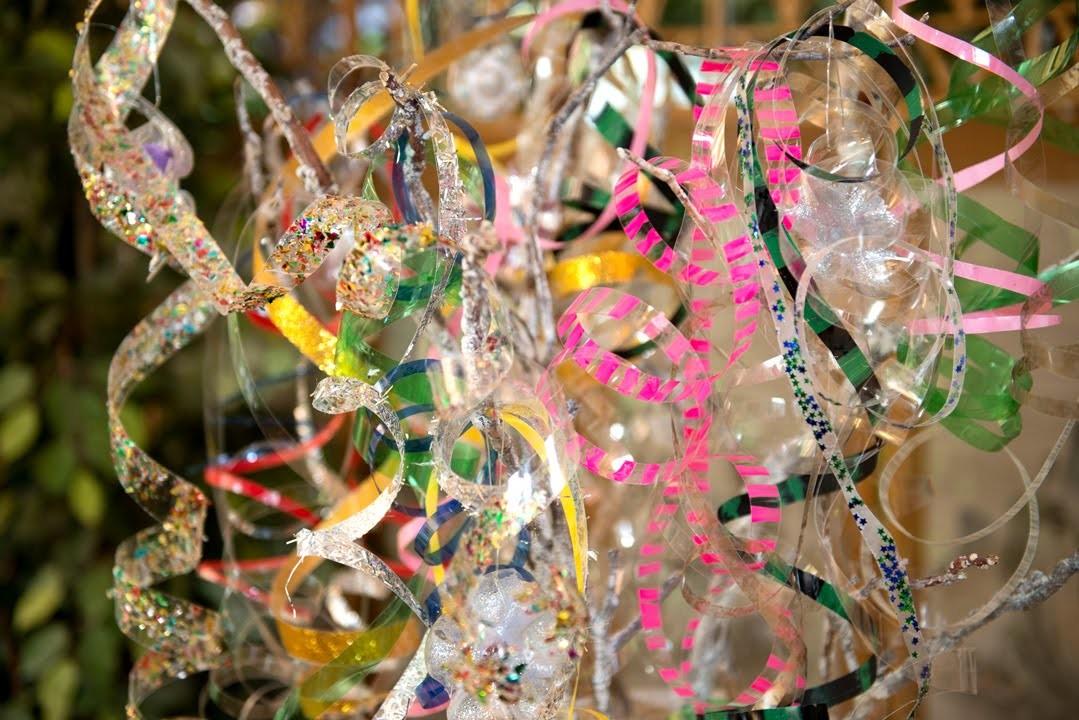 Adorno Colgante Espiral de Botellas PET Recicladas