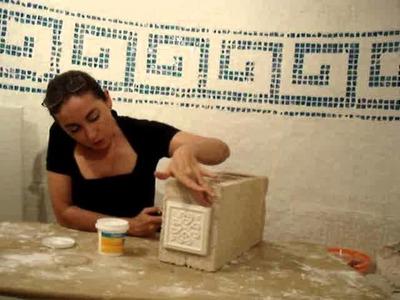 Como hacer estantes y bancos con molduras Yaley y bloques.wmv