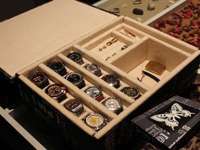 AQL COMO HACER relojero o joyero para relojes.