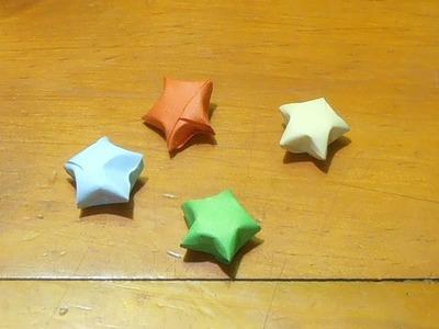 Cómo hacer pequeñas estrellas de la suerte con papel