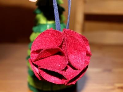 Cómo hacer una bola de Navidad de fieltro  | facilisimo.com