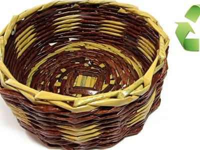 Como hacer cestas con periódico. Newspaper basket.