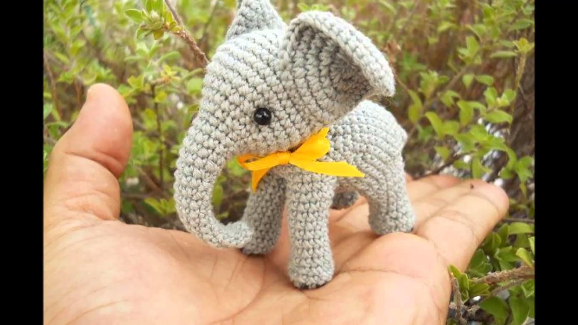 Elefantes tejidos a crochet
