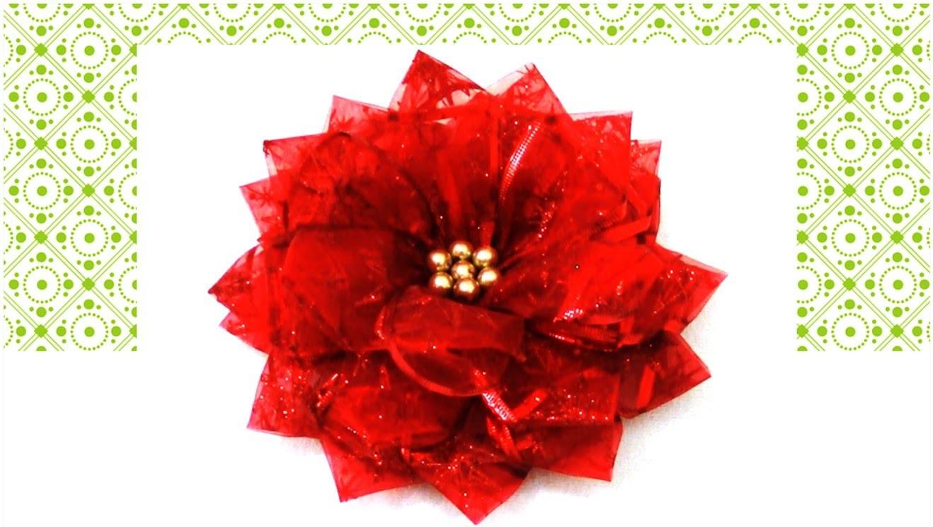 Flores de Navidad en cintas de organza Christmas flowers in organza ribbons