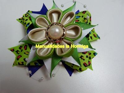 Flores kanzashi como centro de moños o lazos para el cabello. hair bows kanzashi
