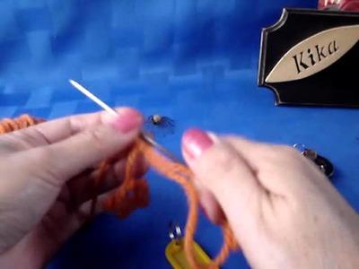 Frivolité usando lana con aguja al revés