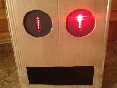 Tutorial para hacer tu propio robot de LMFAO (Party Rock) Fácil y Económico