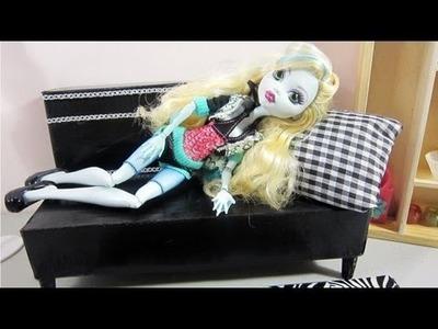 Episodio 623 - Cómo hacer un sofá cama para muñecas con material reciclado - cajas de cartón