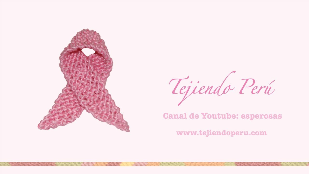 Lazo rosado símbolo de la lucha contra el cáncer de mama tejido en dos aguja o palitos