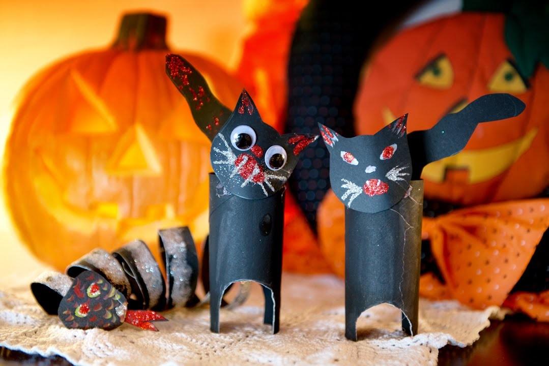 Decoracion Halloween Gato y Culebra de Rollos de Papel