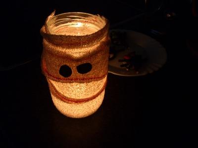 Cómo hacer un portavelas de momia para Halloween | facilisimo.com