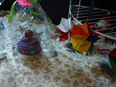 CUPCAKE de CALSETAS regalo o recuerdo muy BONITO y ORIGINAL