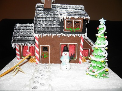 Casita de Navidad de galletas y fondant