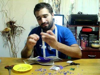 El pocho explica como bordar  con lentejuelas y mostacillas