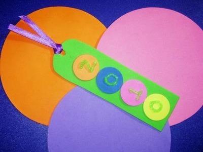 Como hacer un marcapaginas de goma eva para el nuevo año