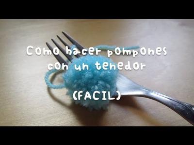 Mini pompones hechos con un tenedor (FACIL)