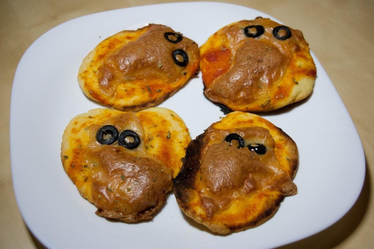 Cómo hacer pizzas de fantasma para Halloween | facilisimo.com