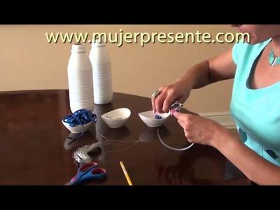 Manualidades con Beatriz Guajardo, Adorno de navidad con botellas recicladas