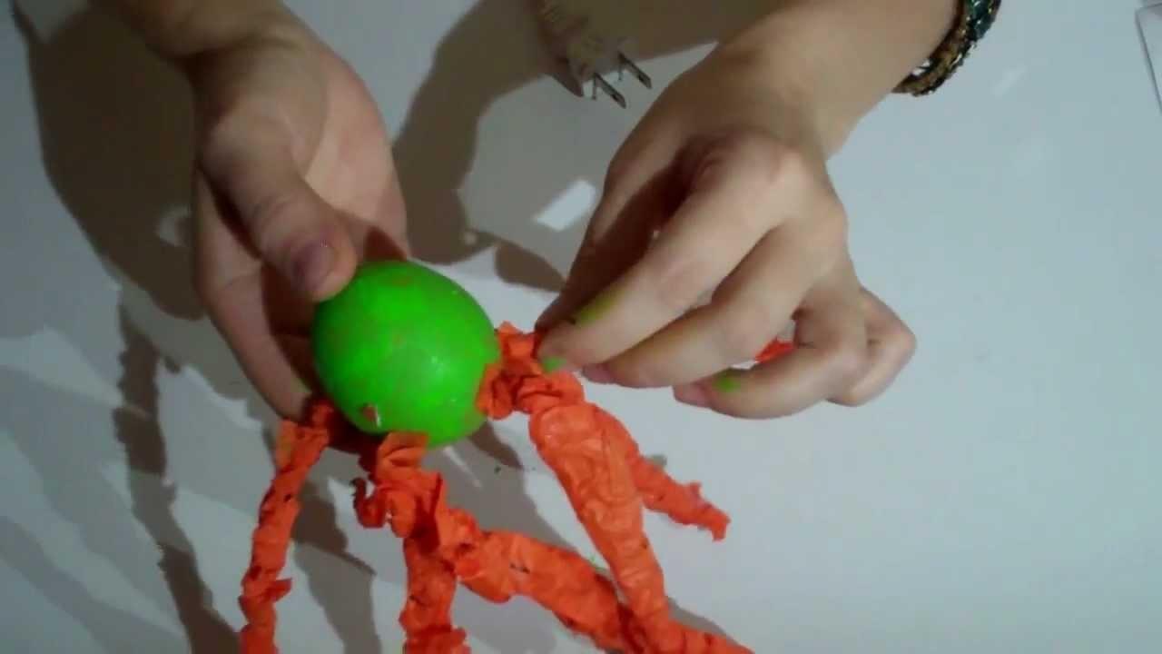Manualidades con reciclado: cascara de huevo animal pulpo.  Crafts with Recycled  eggshell octopus