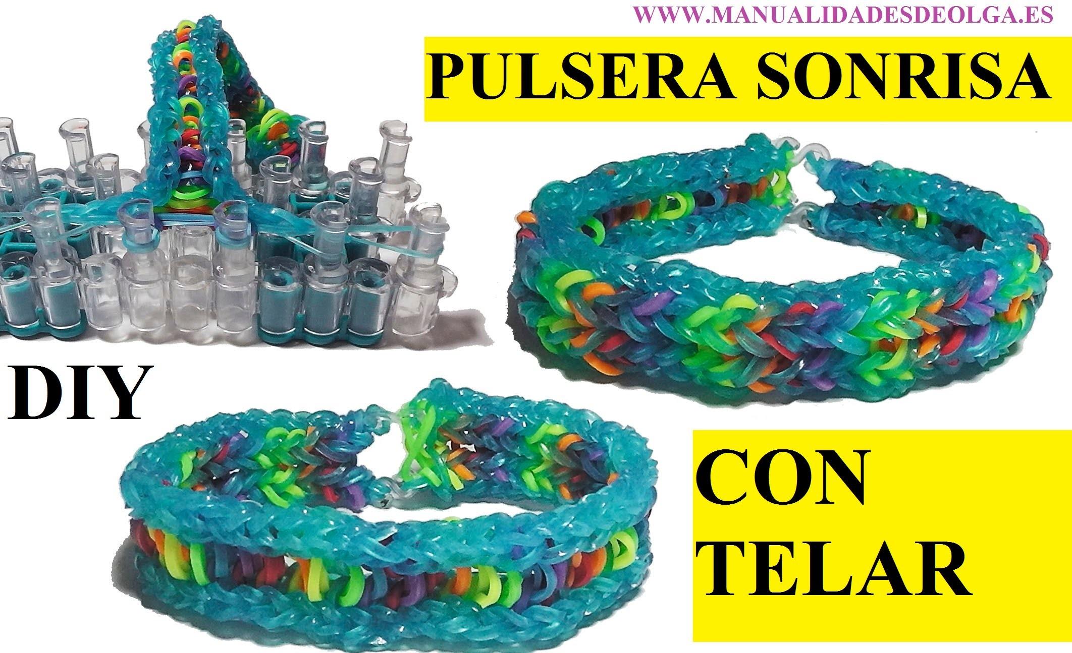 COMO HACER PULSERA DE GOMITAS SONRISA , CON TELAR RAINBOW LOOM. SMILE BRACELET