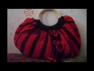 Bolso de crochet con asas