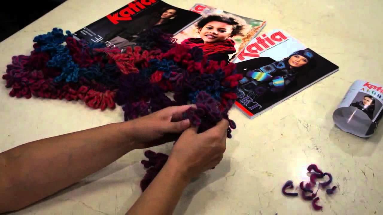 Bufanda con Aloha de Katia hecha con la manos