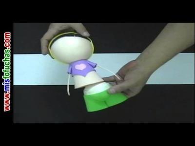 Cómo hacer muñeca Fofucha patinadora en Foamy Goma eva en Patines Parte