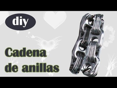 Correa tipo cadena hecha con anillas de aluminio