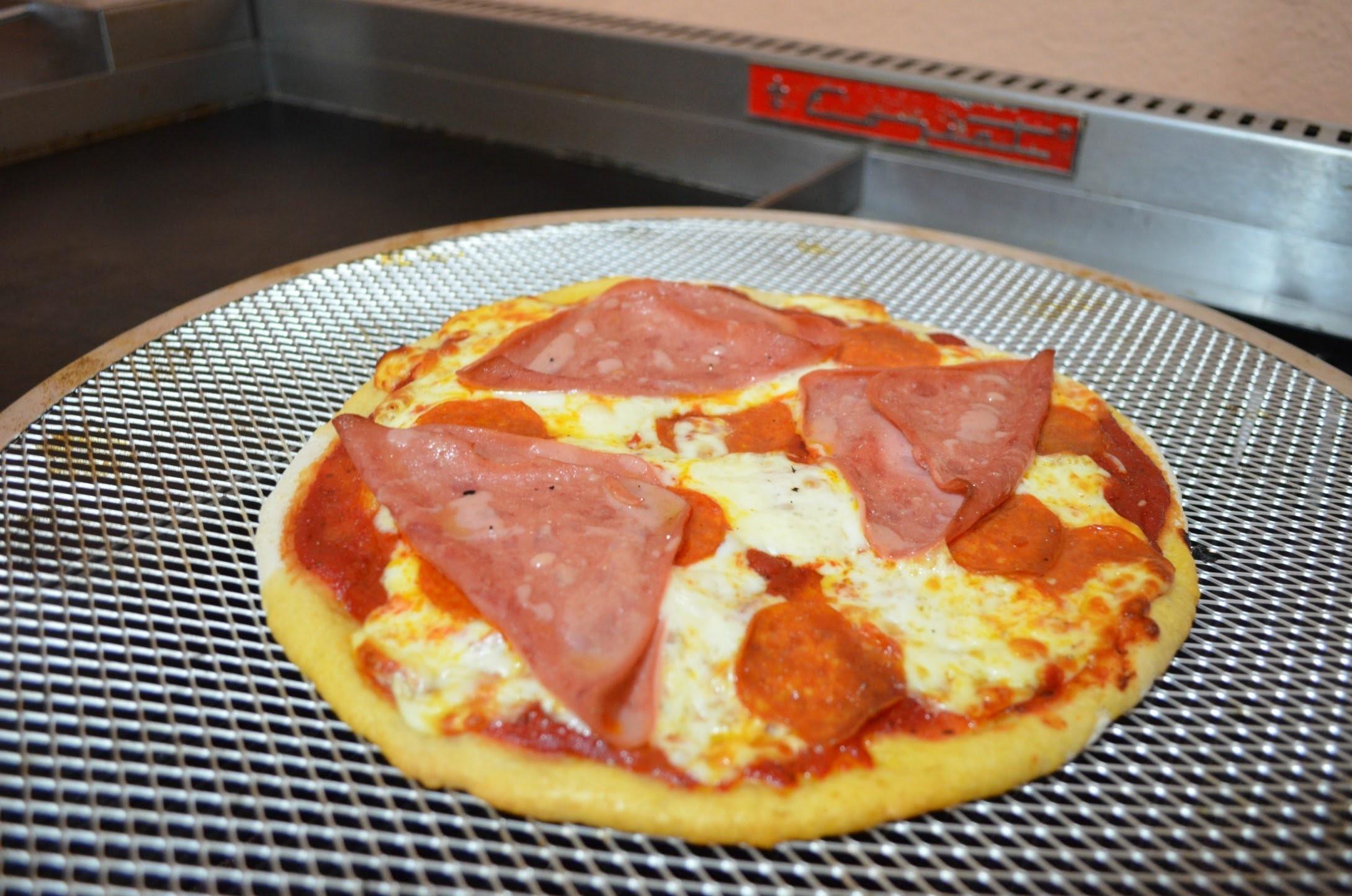Cómo hacer pizza  - Recetas de cocina - CHUCHEMAN1 - 2013