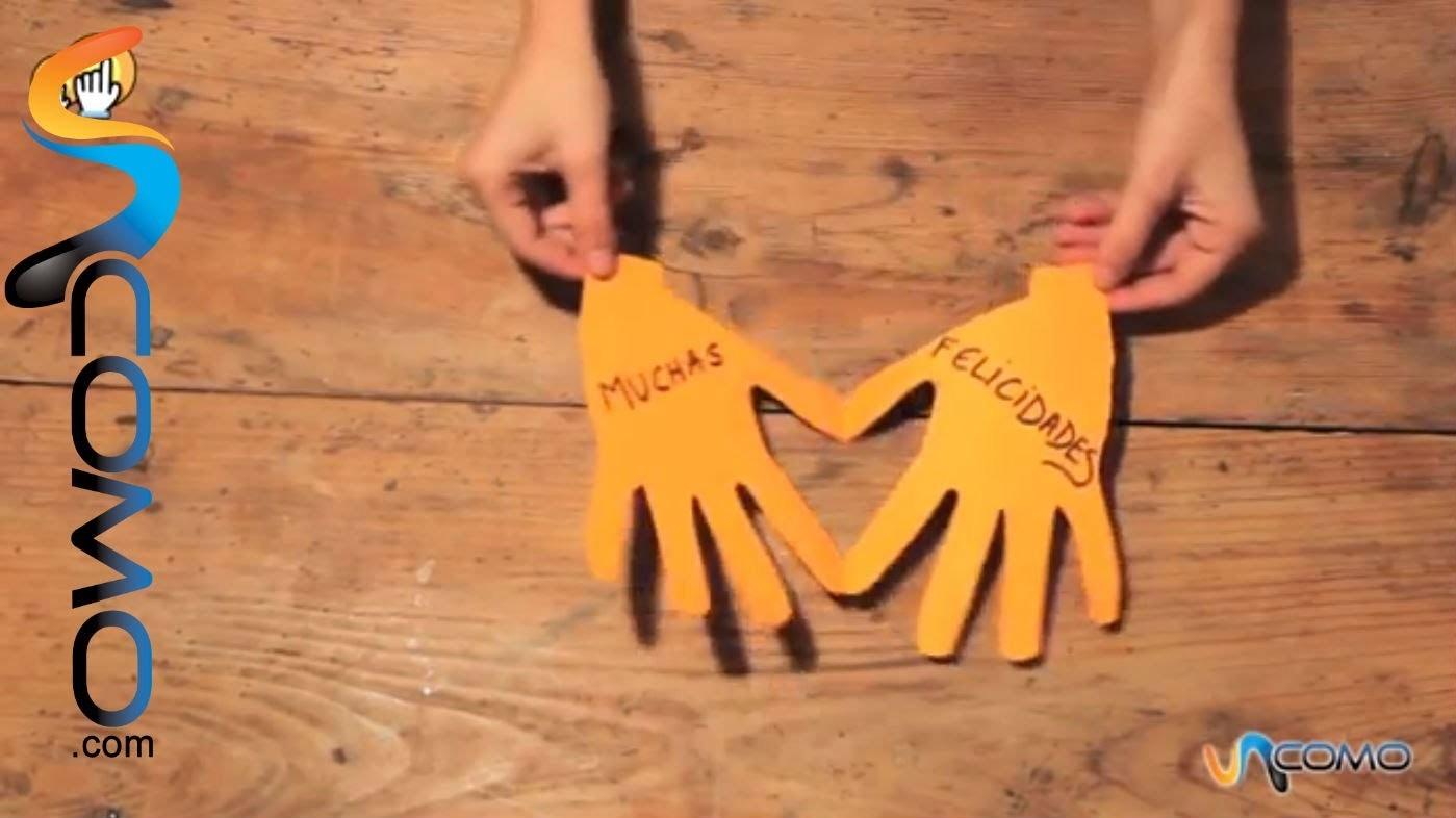 Cómo hacer una tarjeta de papel con un corazón