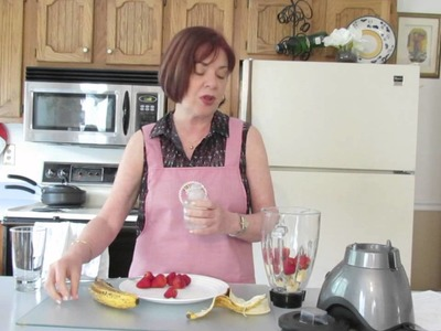 Batido de banano con fresas para el Desayuno