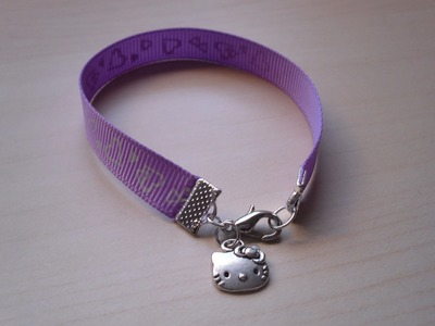 DIY Pulsera cinta con charm Hello Kitty. Bracelet with grosgrain and charms