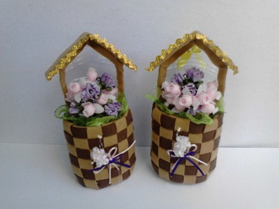 Floreros hechos con botella plastica y fieltro