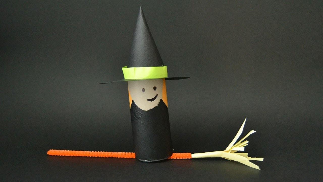 Bruja con escoba. Manualidades de Halloween