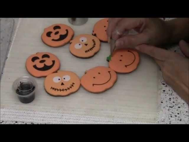Galletas Decoradas para Halloween - 2a. Parte.wmv