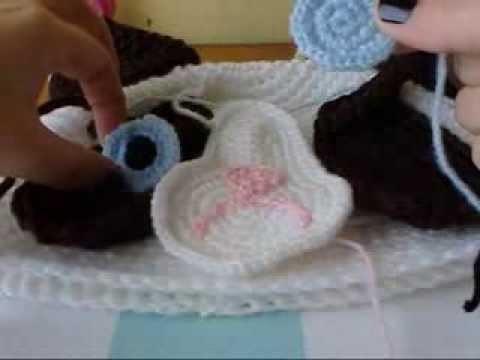 Cómo coser pupilas (ojos) con lana. Por Amigurumi Universe.