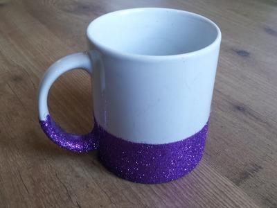 Decorar una taza con purpurina DIY | facilisimo.com