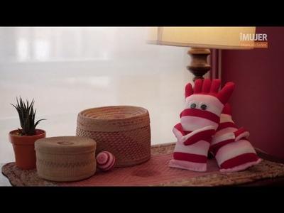 Divertido muñeco con calcetines | Cómo hacer un muñeco con un calcetín | @iMujerHogar