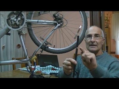 Luz por Induccion Magnetica ( con una bicicleta)--Luz de indução magnética (com uma bicicleta)
