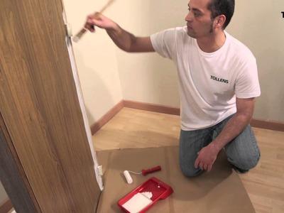 Pintar una puerta de blanco roto