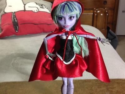 Como hacer un disfraz de caperucita roja para tus muñecas Monster High.