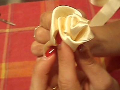 Cómo hacer una rosa con cinta de raso