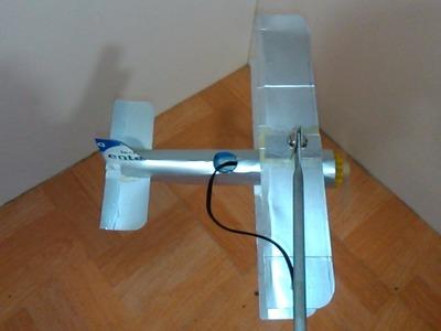 Avión de cartón planeando 2.2 partes