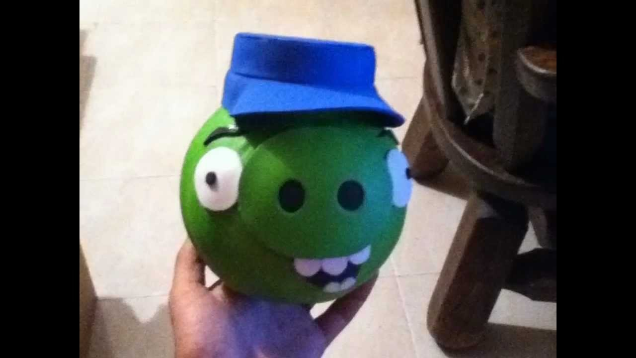Alcancía de Angry Birds de Reciclaje