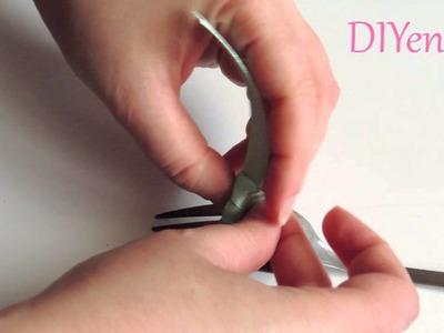 Como hacer un lazo con ayuda de un tenedor.