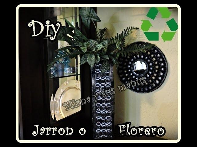 Diy. Como hacer un jarron con revistas. Diy.  How to make a vase with magazines