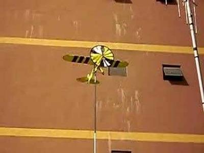 Sintoniadx: Mi veleta con forma de avión.